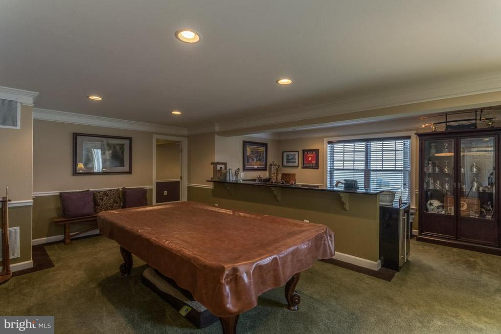 Basement has a Bar,..Great For Entertaining - 4116 AGENCY LOOP, TRIANGLE