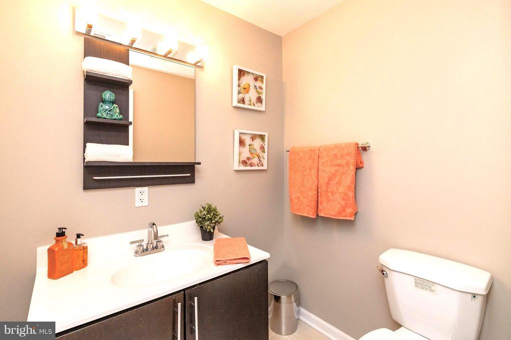 Spacious Master Bath - 329 RHODE ISLAND AVE NE #404, WASHINGTON