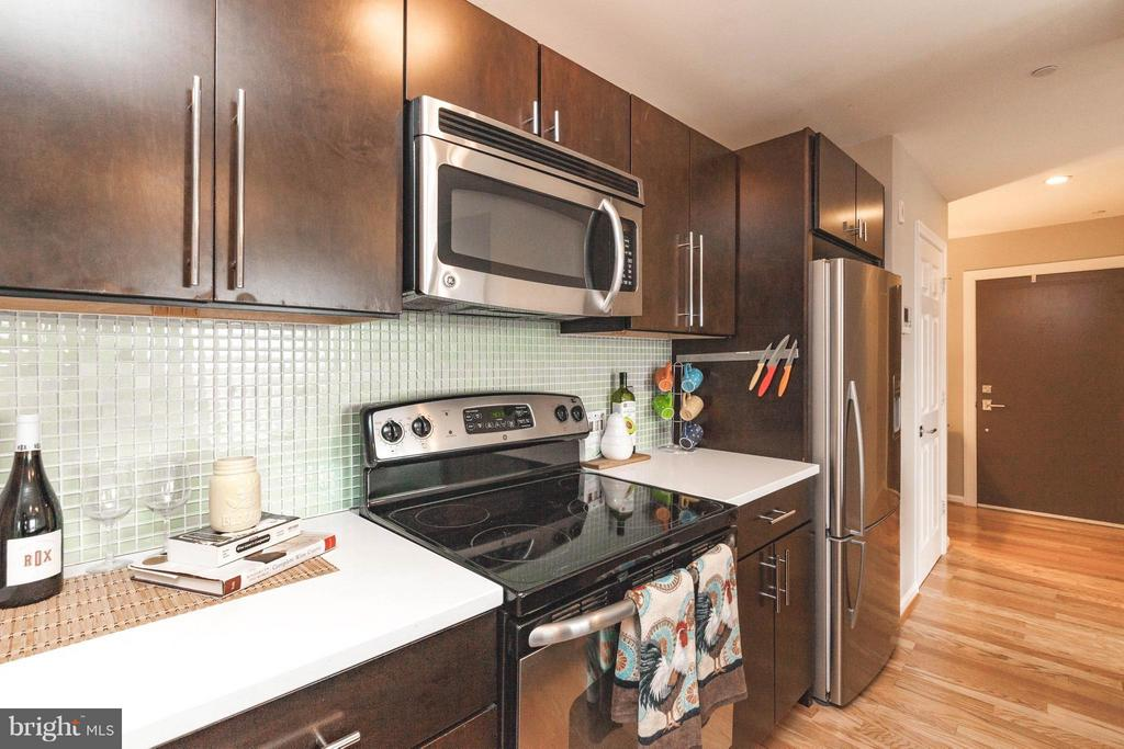 Kitchen with Caesarstone Countertops - 329 RHODE ISLAND AVE NE #404, WASHINGTON