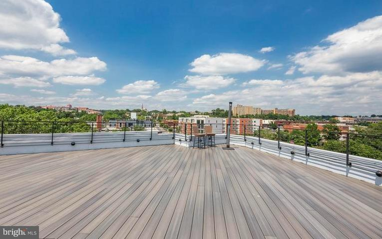 4,000 Square Feet of Rooftop Deck - 329 RHODE ISLAND AVE NE #404, WASHINGTON