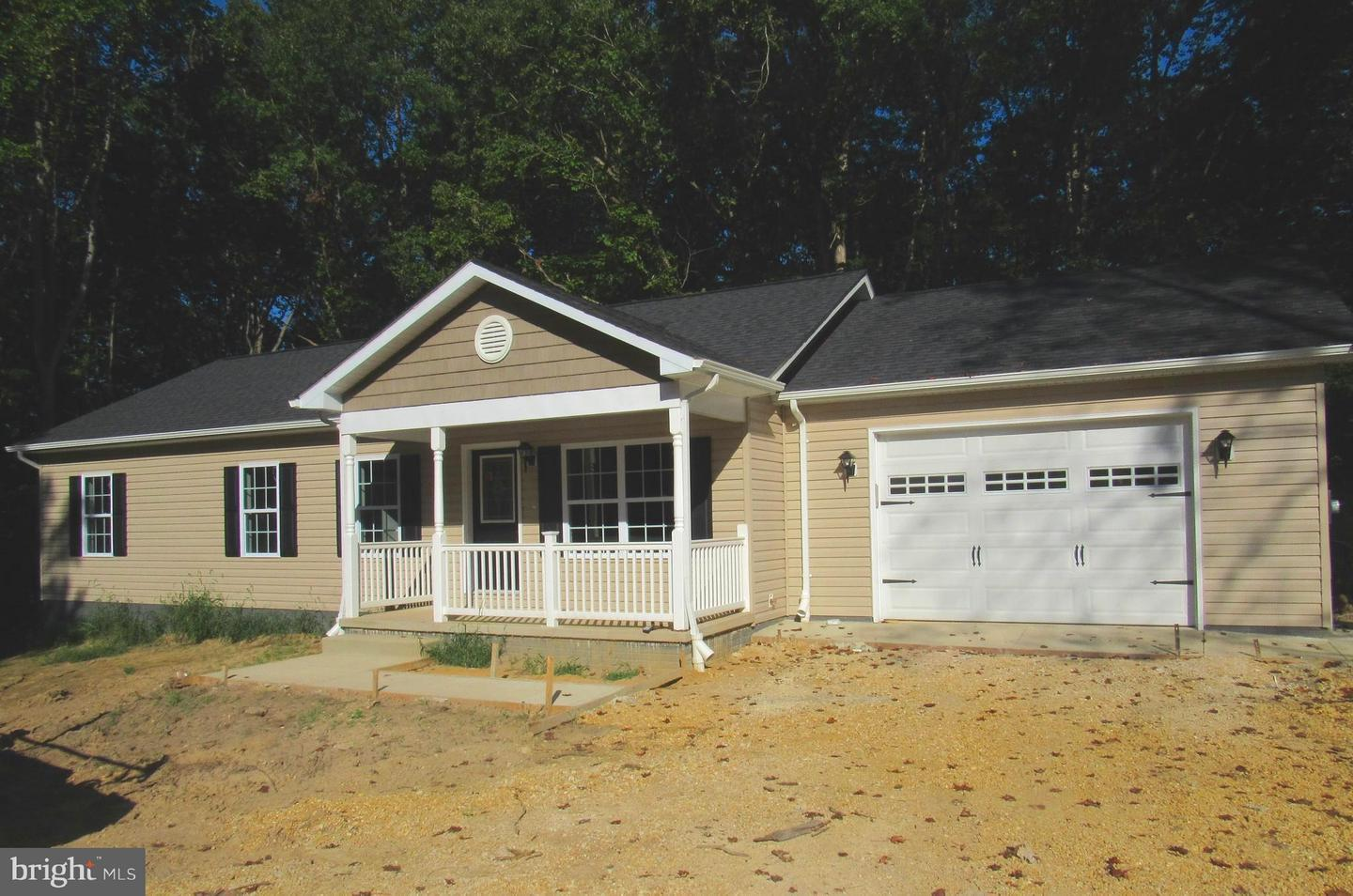 Single Family for Sale at 37810 Mohawk Dr Charlotte Hall, Maryland 20622 United States