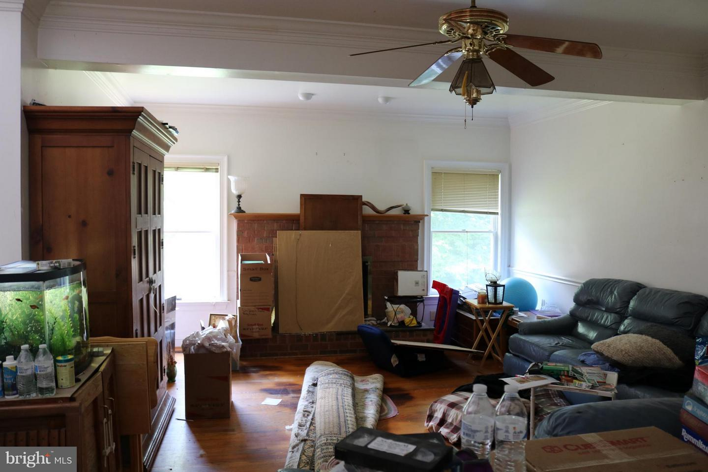 Additional photo for property listing at 12840 Dunvegan Dr Clifton, Virginia 20124 United States