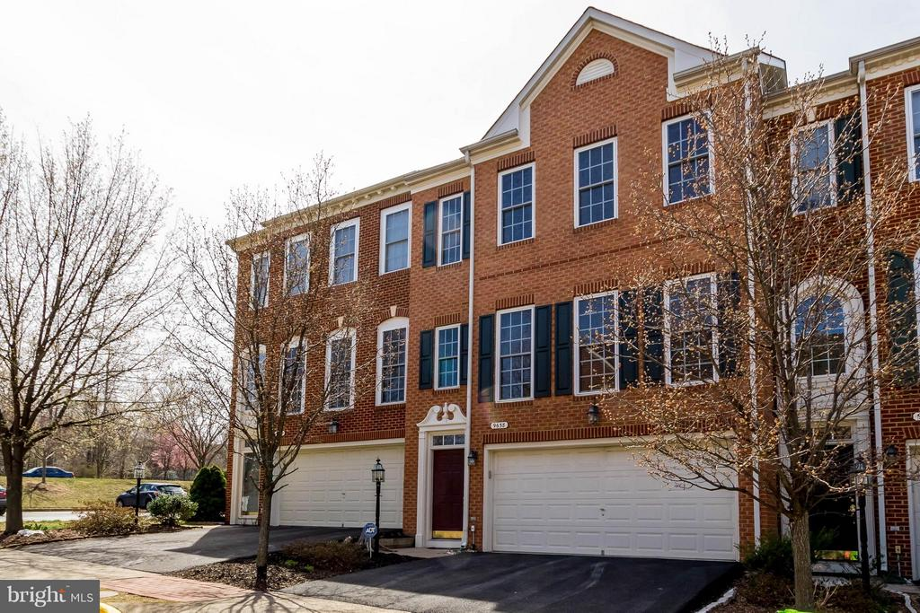 Beautiful Community - 9638 PARSON MASSEY PL, LORTON