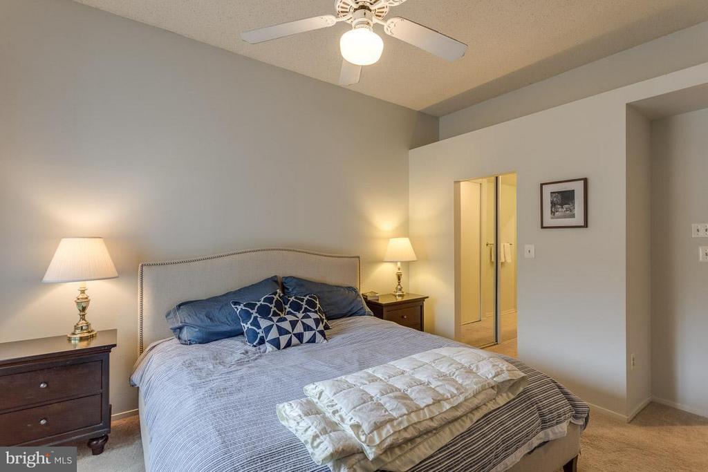 Bedroom (Master), two closets - 1903-B VILLARIDGE DR #B, RESTON