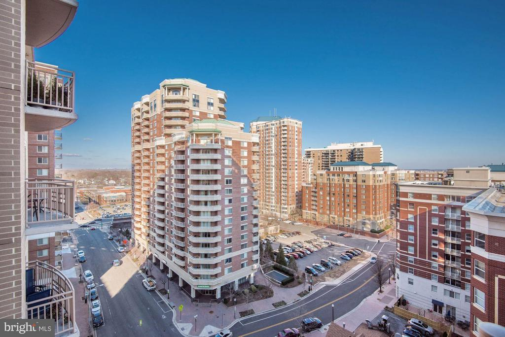 Great views - 888 QUINCY ST #1206, ARLINGTON