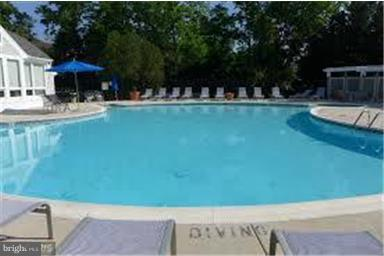 Just across the street is the pool. So convenient! - 3179 SUMMIT SQUARE DR #2-D6, OAKTON