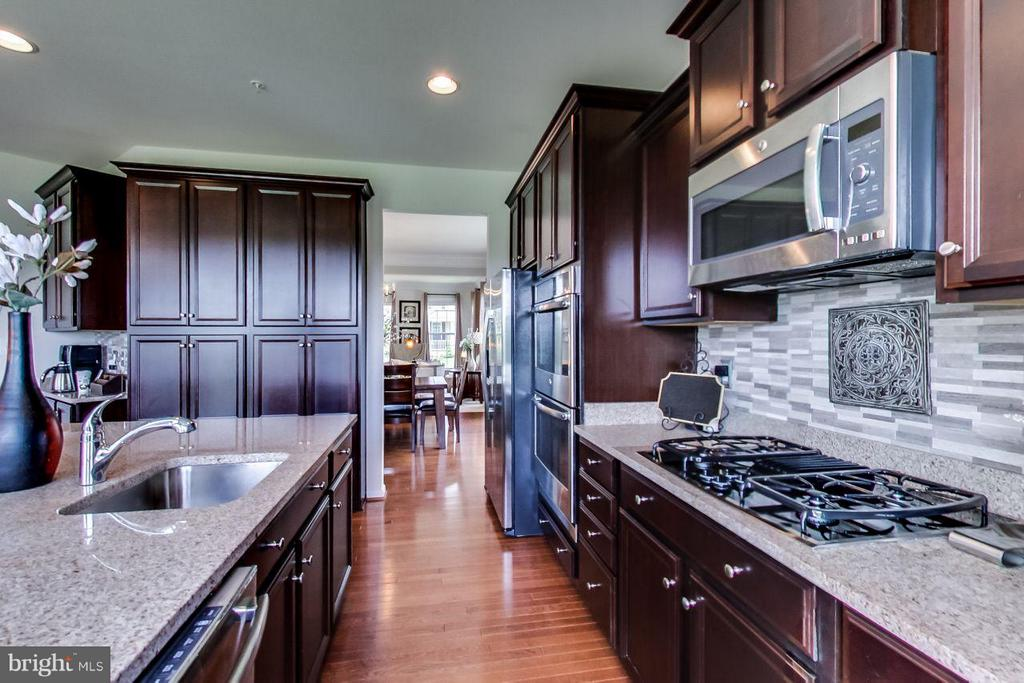 Kitchen - 719 SEWELL DR, NEW MARKET