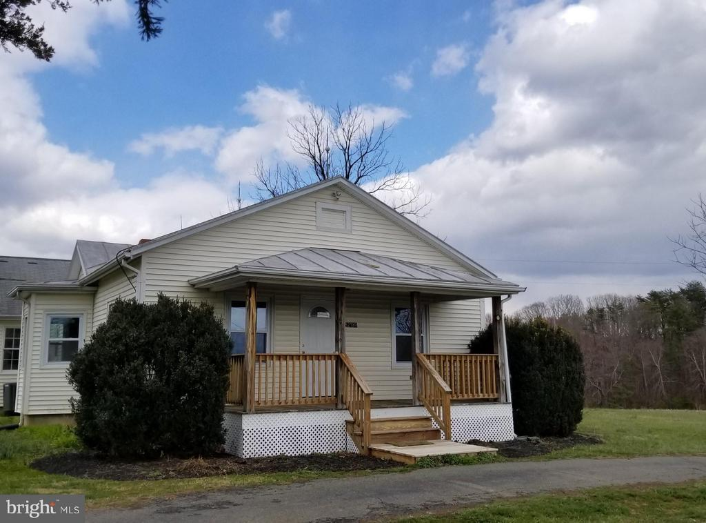 Exterior (Front) - 32199 OLD PLANK RD, LOCUST GROVE