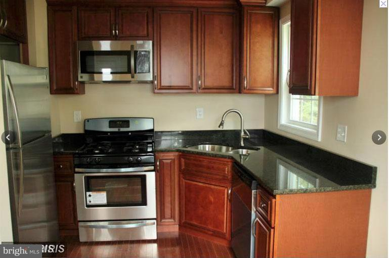 Kitchen - 4219 75TH AVE, HYATTSVILLE