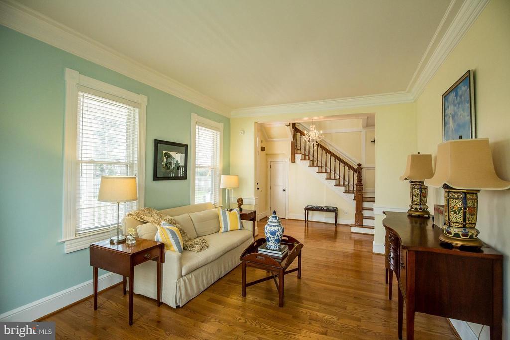 Living Room - 9044 SUDLEY RD, MANASSAS