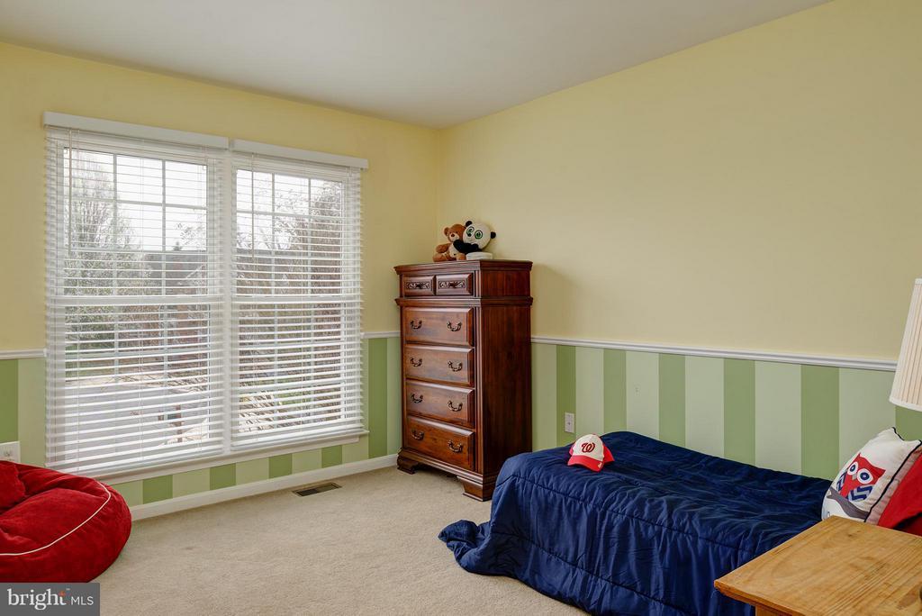Spacious Bedrooms - 9429 KATELYN CT, MANASSAS PARK