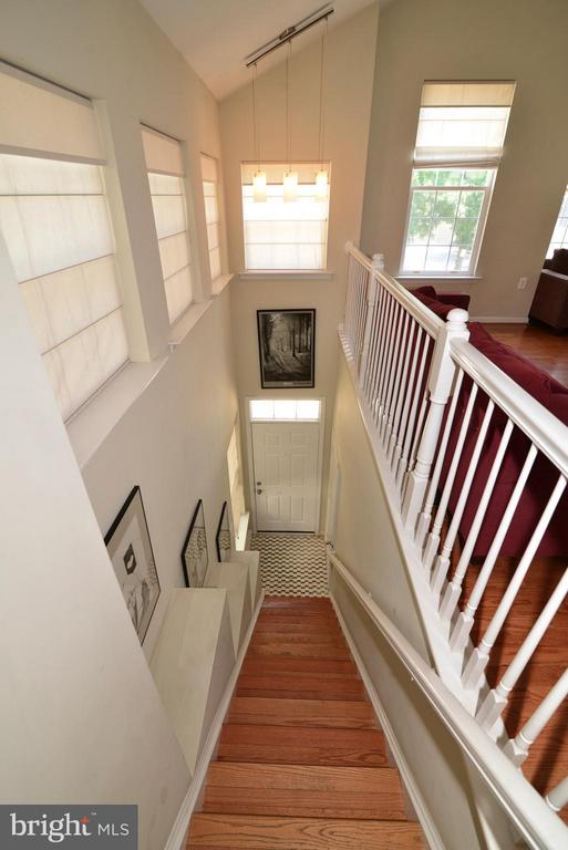 Foyer and stairs to main level - 11406J WINDLEAF CT #9, RESTON