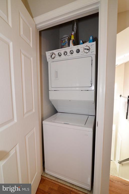 Washer/dryer - 11406J WINDLEAF CT #9, RESTON