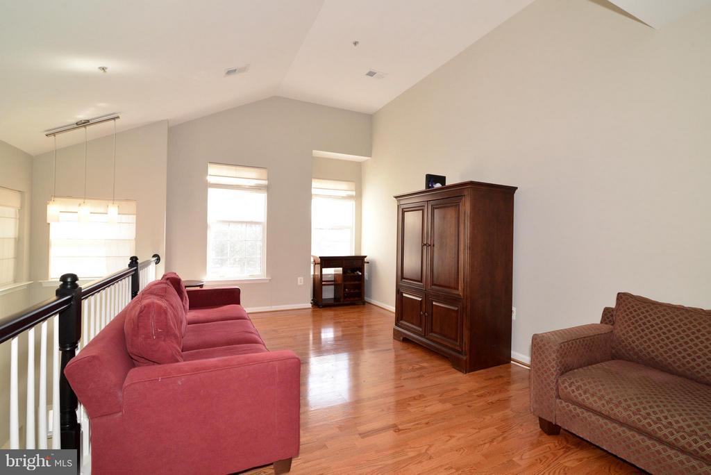 Living Room - 11406J WINDLEAF CT #9, RESTON