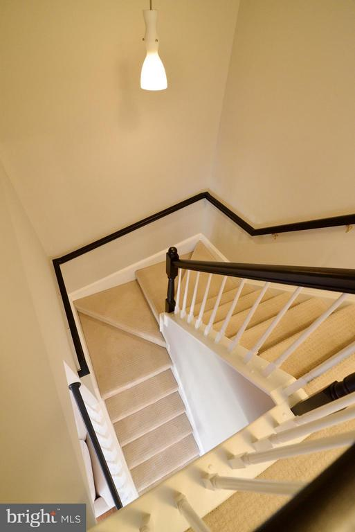 Staircase to upper level - 11406J WINDLEAF CT #9, RESTON