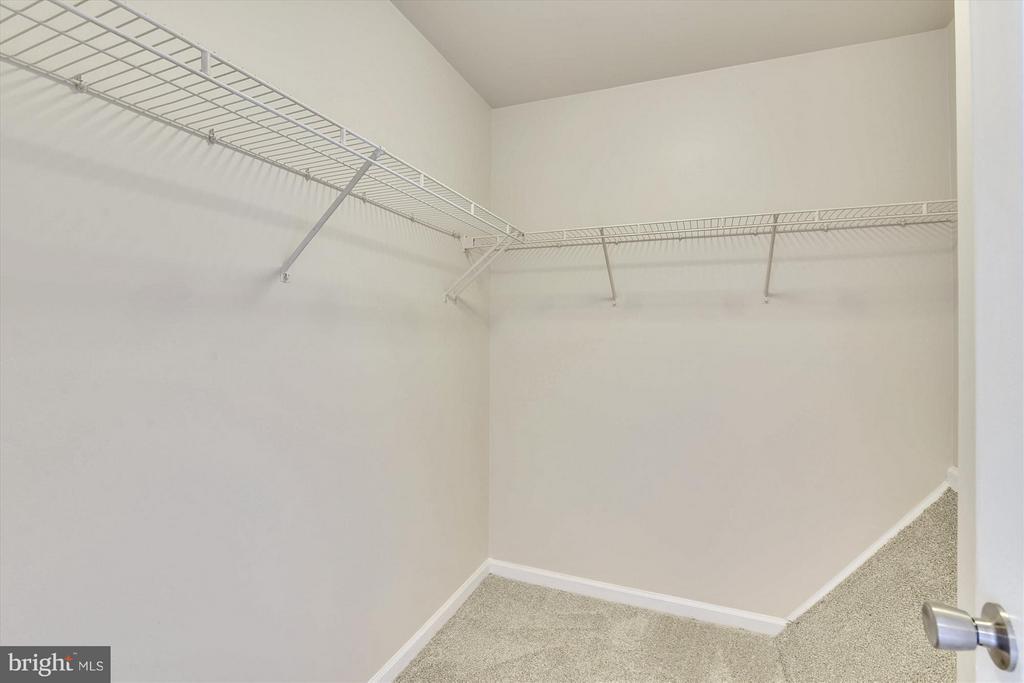 Walk-in Closet in Master Bedroom #1 - 508 COVINGTON TER NE, LEESBURG
