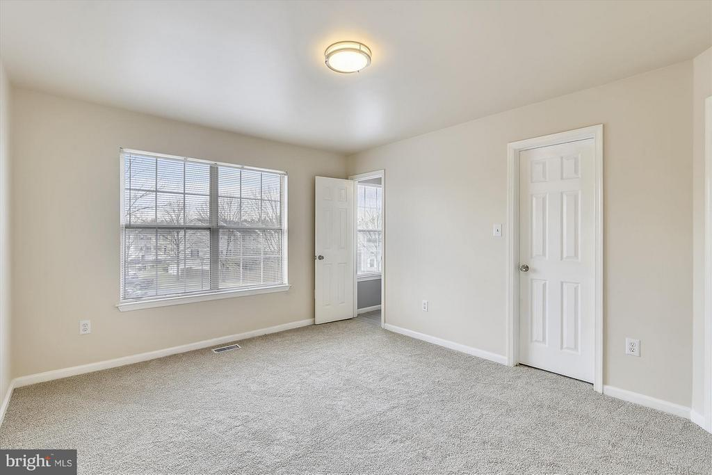 Spacious Master Bedroom #1 - 508 COVINGTON TER NE, LEESBURG