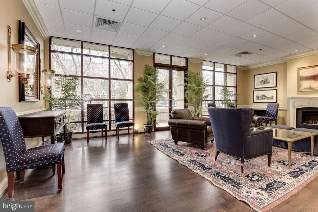 Community room - 2400 CLARENDON BLVD #310, ARLINGTON