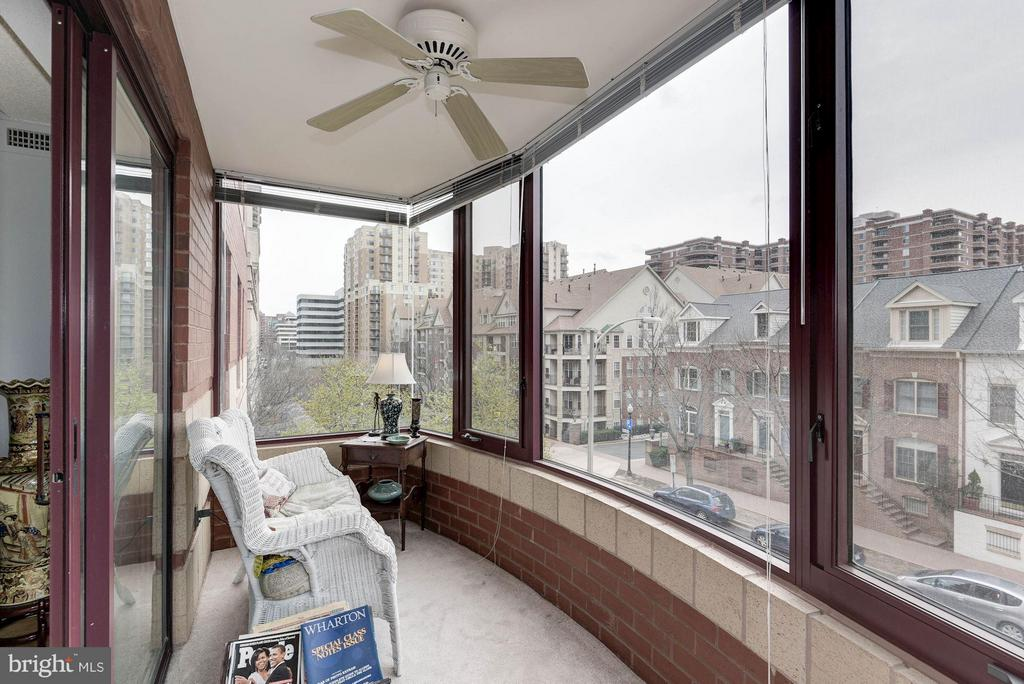 Additional sunroom - 2400 CLARENDON BLVD #310, ARLINGTON