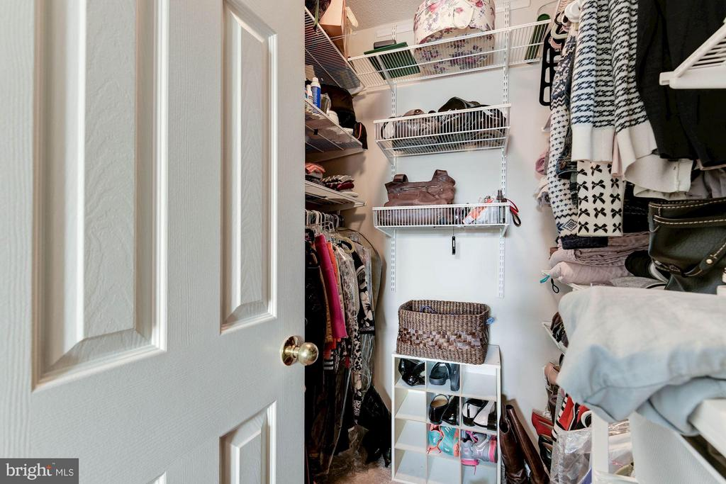 Walk-in Closet - 2400 CLARENDON BLVD #310, ARLINGTON