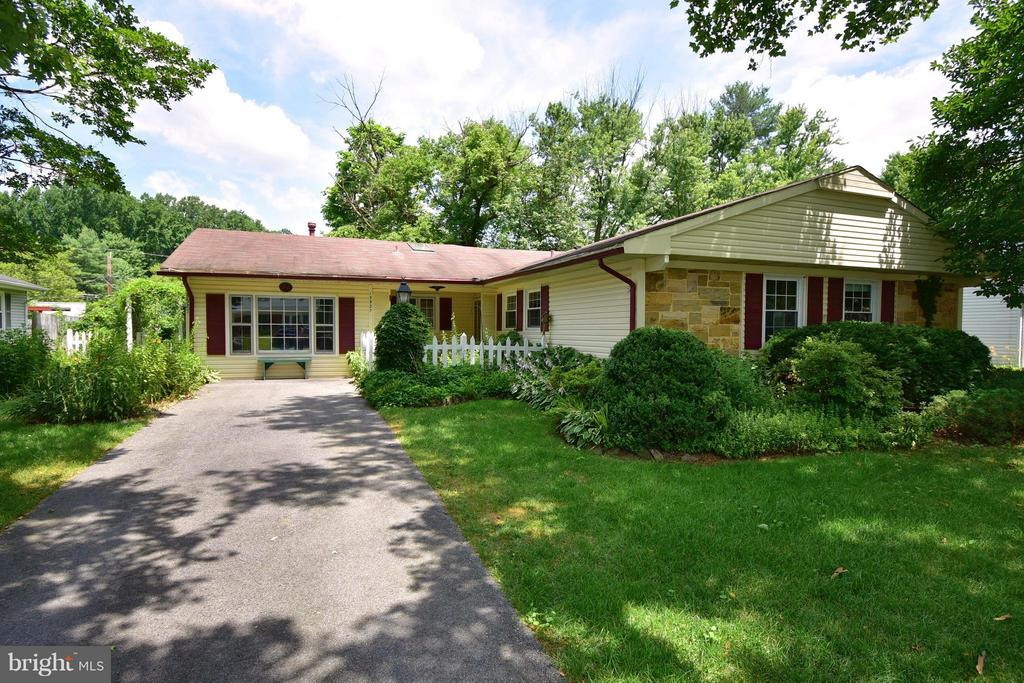 13527  YOUNGWOOD TURN, Bowie, Maryland