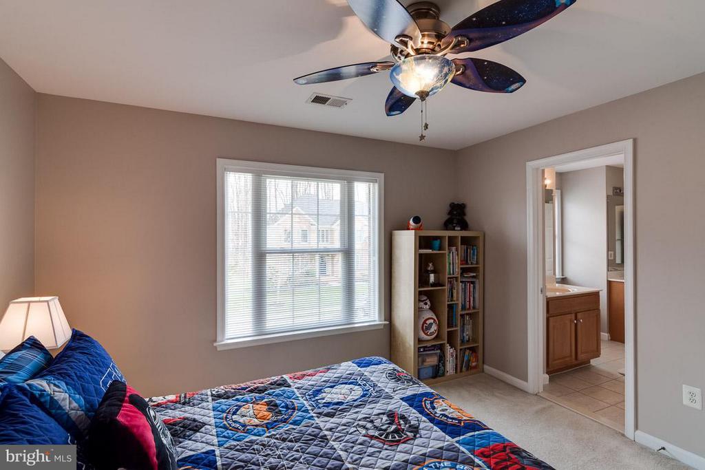 Third Bedroom All UL BR w Ceiling Fans - 5386 ABERNATHY CT, FAIRFAX