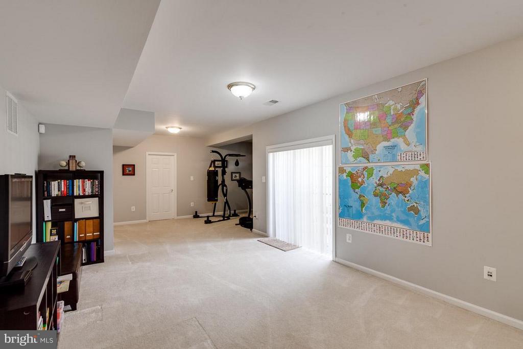 Recreation Room with egress Walk Up Stairs - 5386 ABERNATHY CT, FAIRFAX