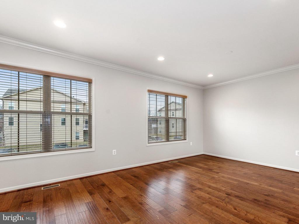 Living Room - 42173 CASTLE RIDGE SQ, ASHBURN
