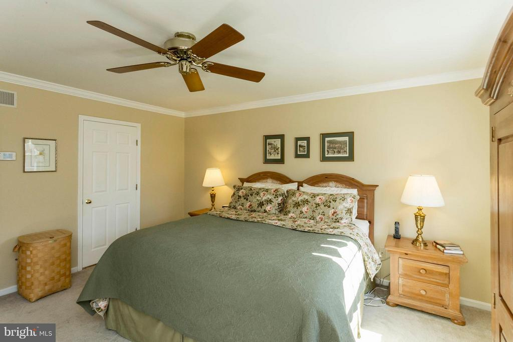 Bedroom (Master) - 3687 WERTZ DR, WOODBRIDGE