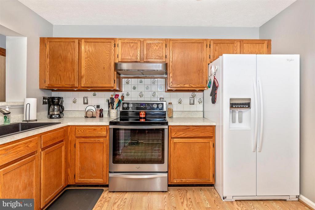 Kitchen - 6717 BLACK DUCK CT, FREDERICK
