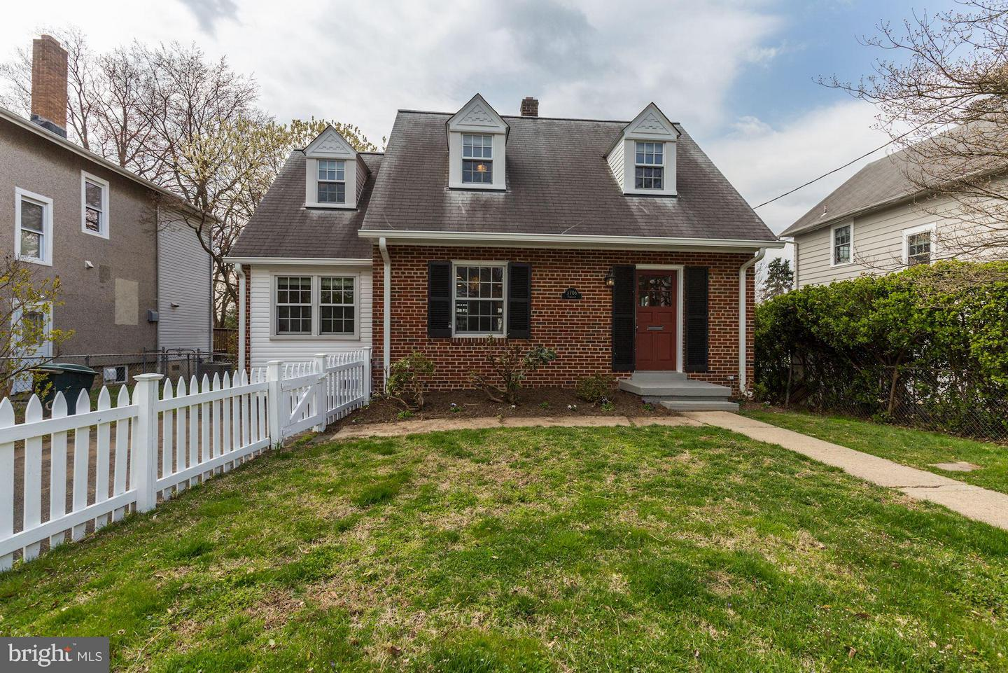 Additional photo for property listing at 3706 Farragut Avenue 3706 Farragut Avenue Kensington, Maryland 20895 United States