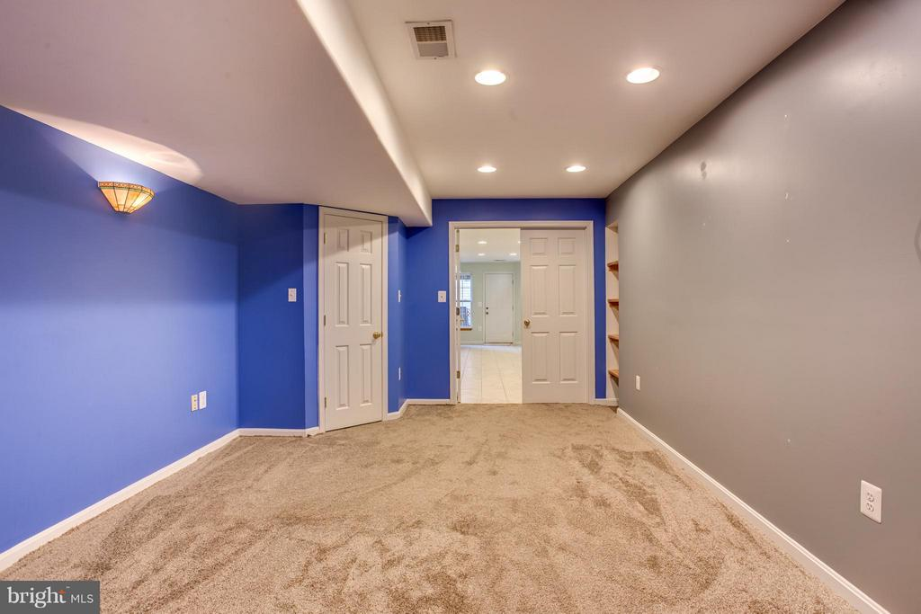 Recreation Room - 25 BLUE SPRUCE CIR, STAFFORD