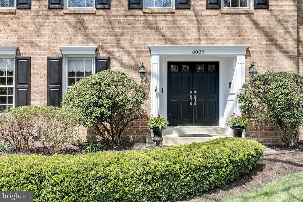 Inviting Portico w/ Double Door Entry & Pavers - 8029 OLD DOMINION DR, MCLEAN