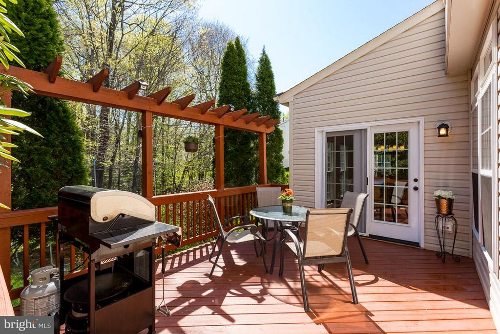 Beautiful Deck for entertaining - 5632 EPPES ISLAND PL, MANASSAS