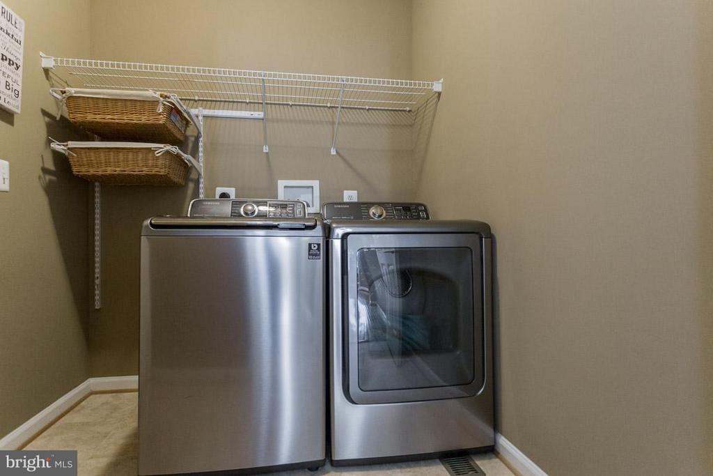 Laundry Room on main level - 5632 EPPES ISLAND PL, MANASSAS
