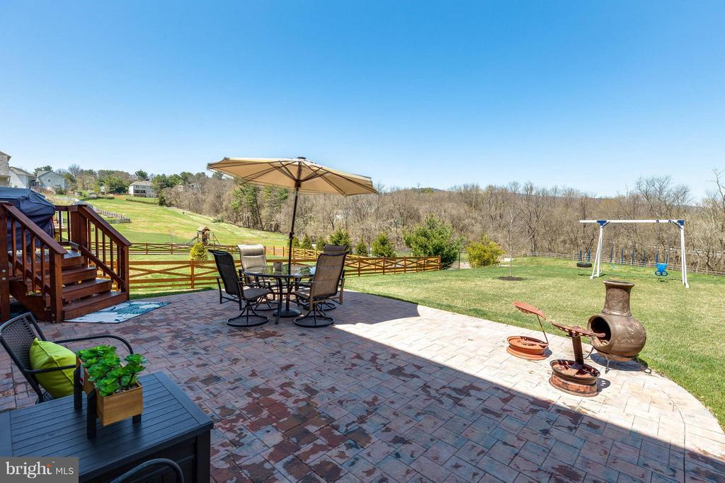 View of Tranquil Tree-Lined Reserve Beyond Yard - 1018 HUNTERS KNL, MYERSVILLE