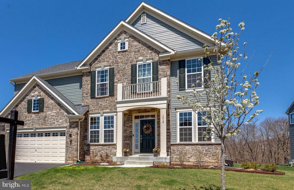 Cul-de-Sac home with community views of Mountains - 1018 HUNTERS KNL, MYERSVILLE