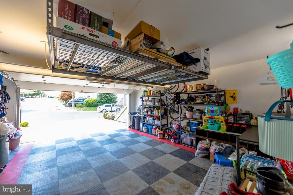Garage - 6655 SCOTTSWOOD ST, ALEXANDRIA