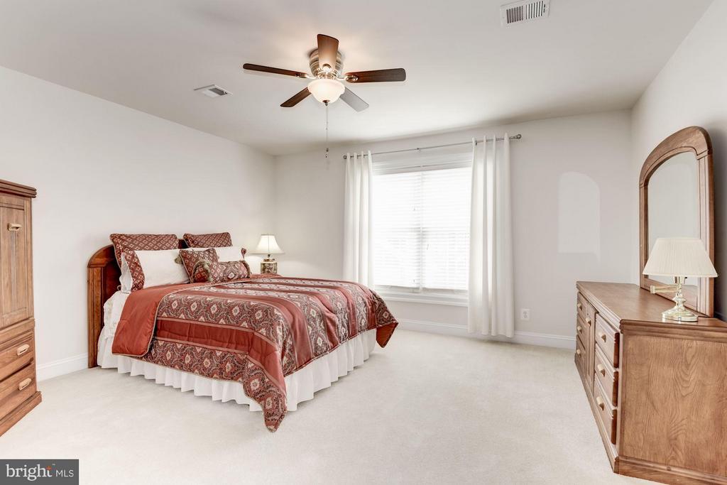 Bedroom 3 - 8136 BLUEBONNET DR, LORTON