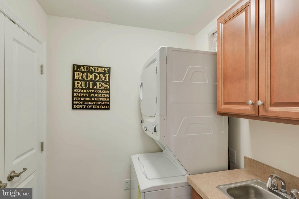 Sink in Laundry with storage closet - 5210 STREAM BANK LN #301G, GREENBELT