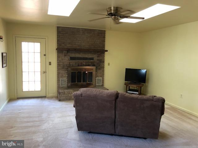 Masonry fireplace with heatilator - 602 GOLD VALLEY RD, LOCUST GROVE