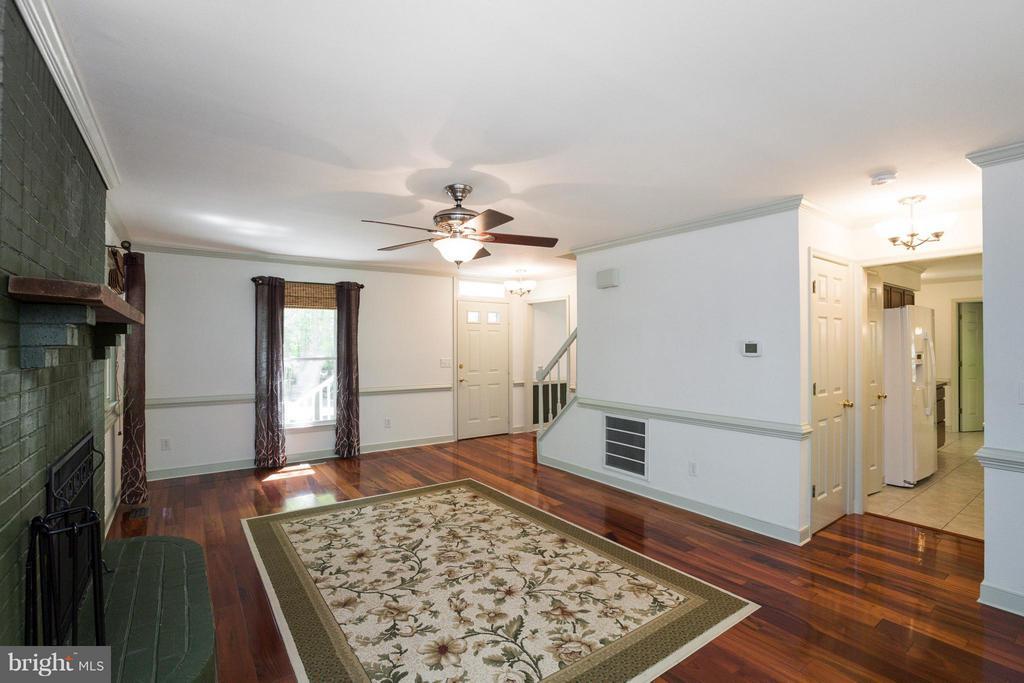 Living Room - 103 FLINTLOCK CT, LOCUST GROVE
