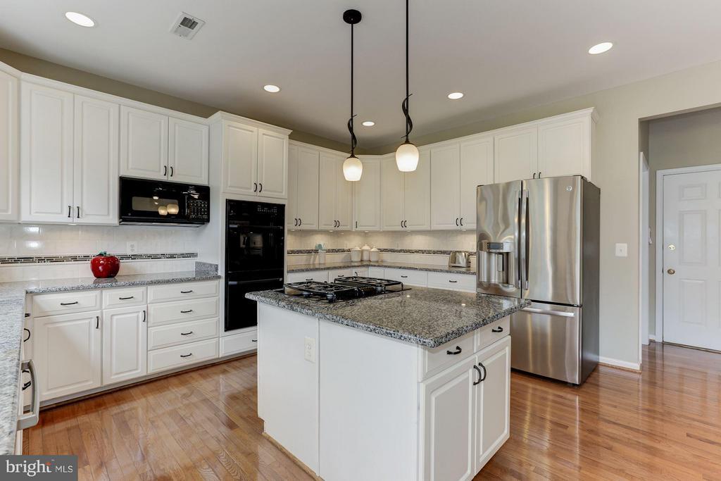 Kitchen - 1316 DASHER LN, RESTON