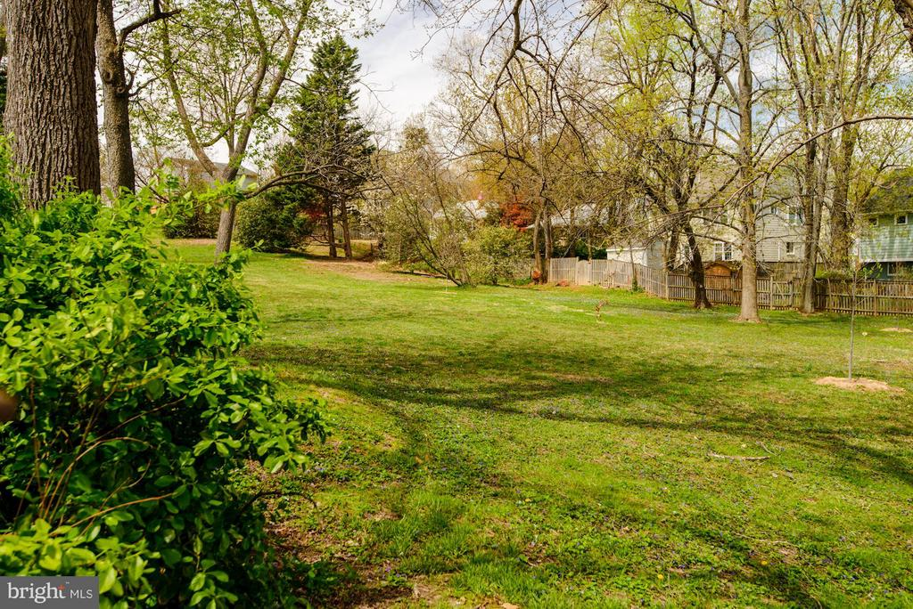 Parkland - 5201 19TH RD N, ARLINGTON