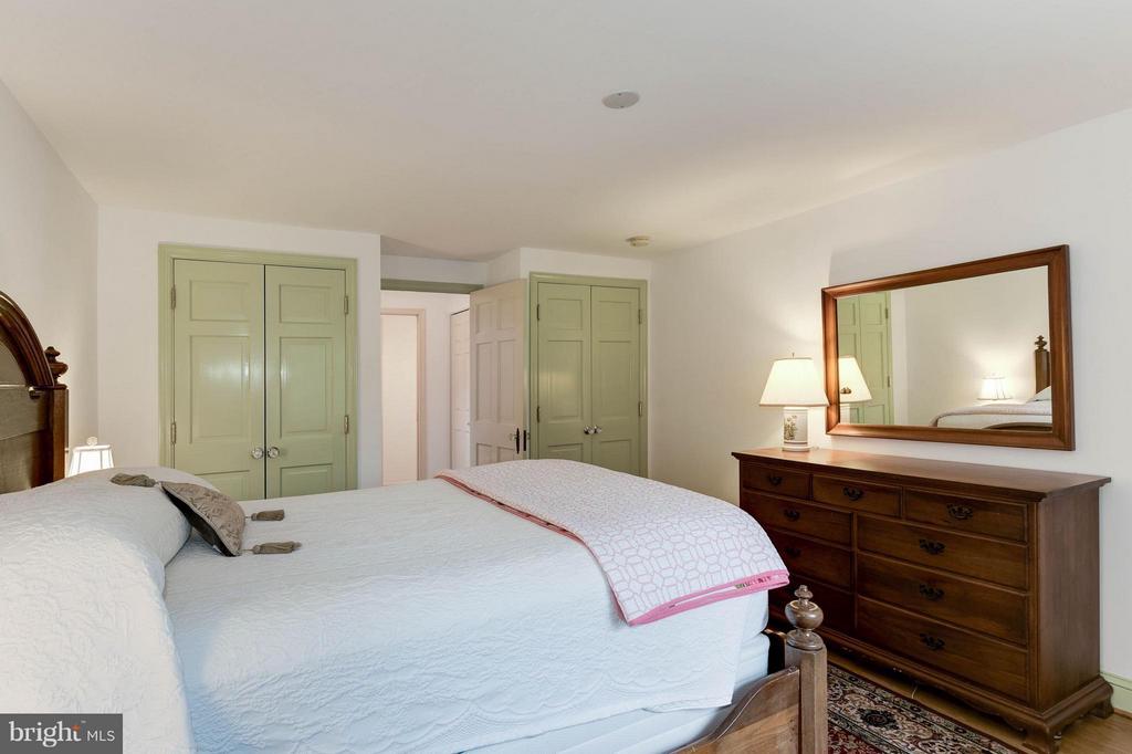 Bedroom (Master) - 2524 FLORIDA ST N, ARLINGTON