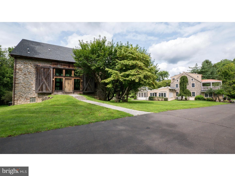 Maison unifamiliale pour l Vente à 2425 BUTTER CREEK Road Quakertown, Pennsylvanie 18951 États-Unis