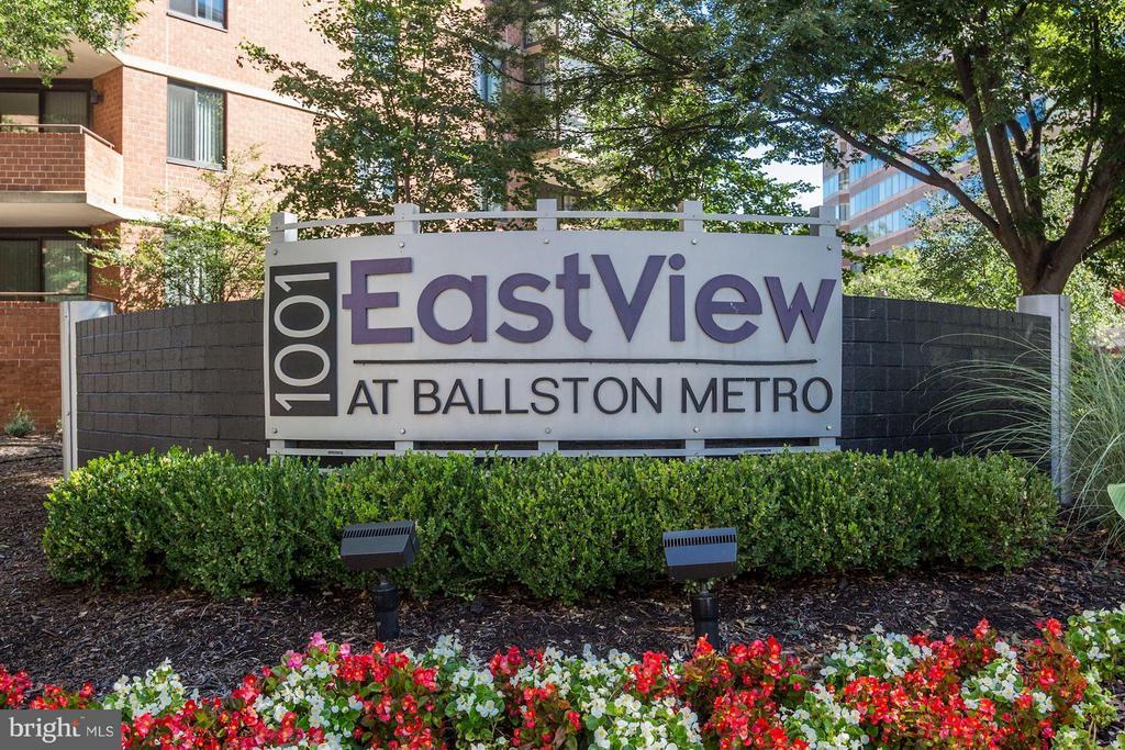 WELCOME TO EASTVIEW AT BALLSTON METRO! - 1001 RANDOLPH ST N #320, ARLINGTON