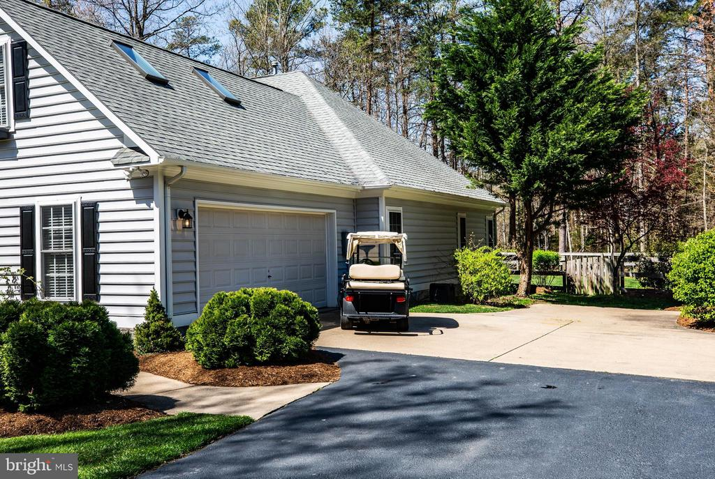 Golf cart conveys - 11306 FIELD CIR, SPOTSYLVANIA