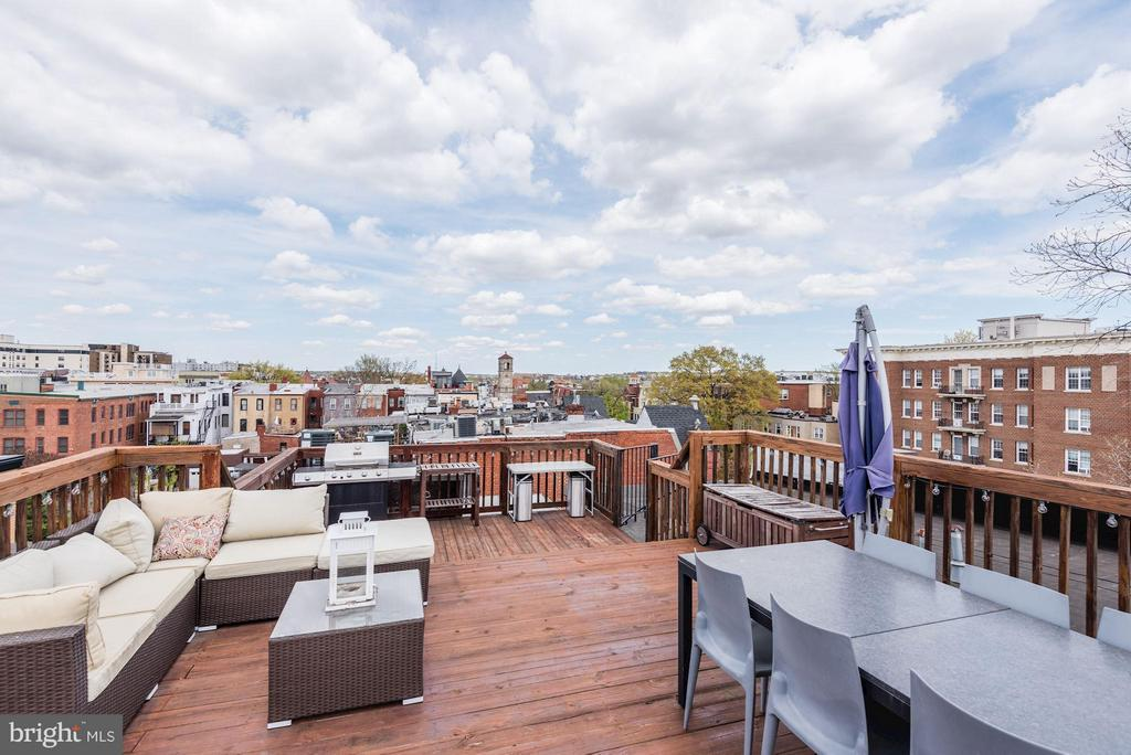 All roof furnishings convey. - 1303 CLIFTON ST NW #4, WASHINGTON