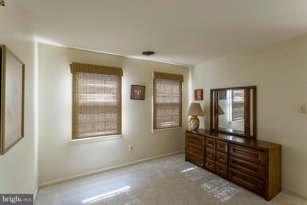 Bedroom 2 - 6613 SADDLEHORN CT, BURKE